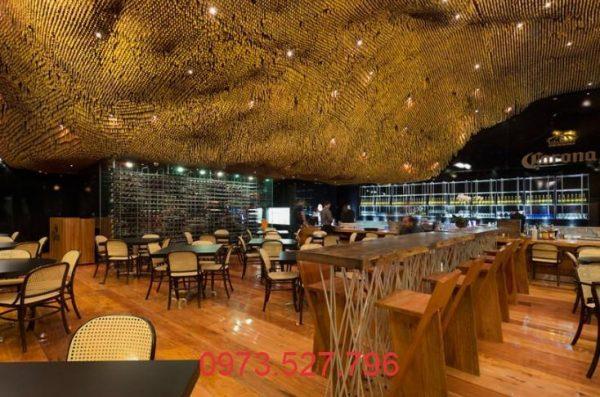 Thiết kế quán Cafe với trần nhà gợn sóng khác lạ
