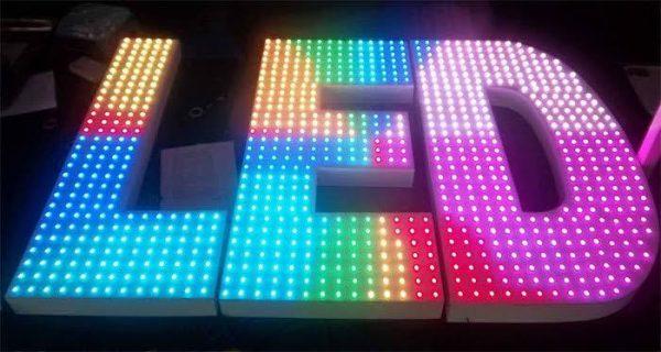 Bảng hiệu đèn LED giá rẻ quận 12