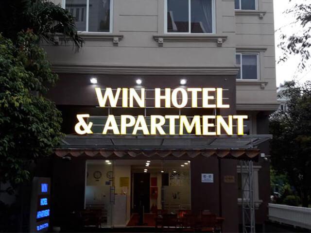 Bảng hiệu hộp đèn khách sạn